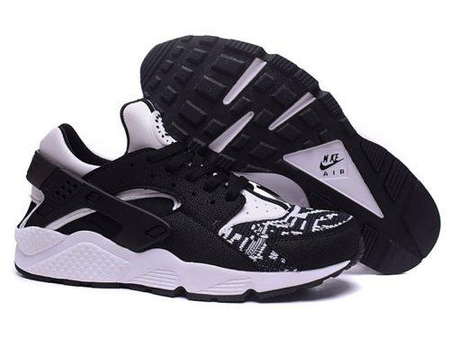 Nike Air Huarache черно-белые (39-45)