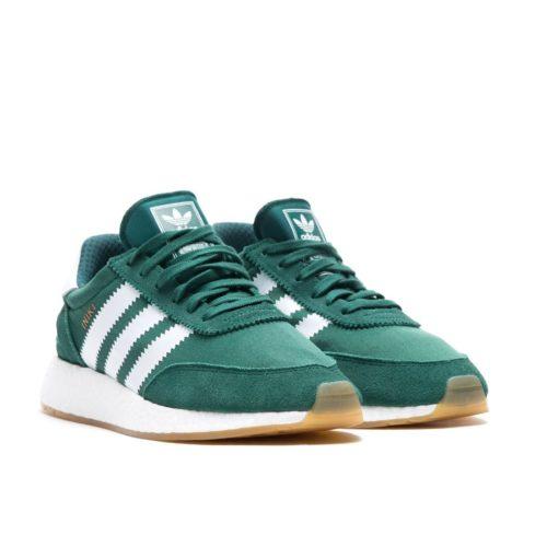 Adidas Iniki Runner зеленые 40-44