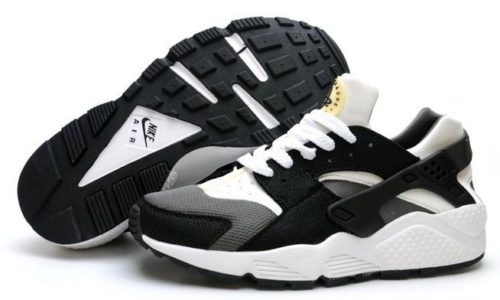Nike Air Huarache Black-White черные с белым (35-44)
