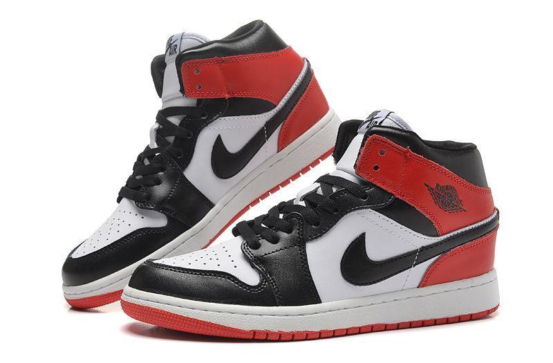 air-jordan-1-retro-black-toe-blackwhitered