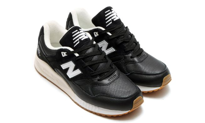 new-balance-530-athleisure-x-blackwhite
