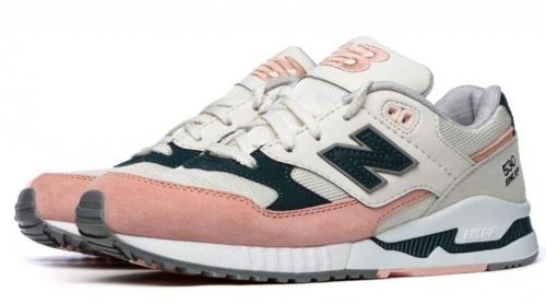 Женские кроссовки New Balance 530