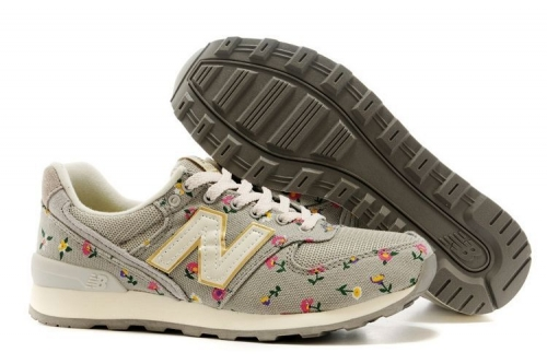 new-balance-996-gray-flower