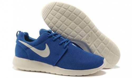 nike-roshe-run-bluewhite