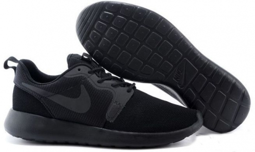nike-roshe-run-hyperfuse-qs-black