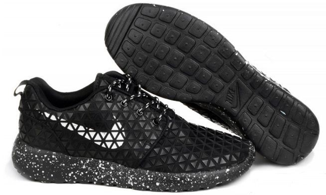 nike-roshe-run-metric-qs-black