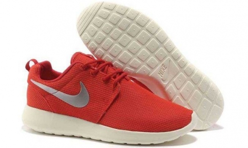 nike-roshe-run-red