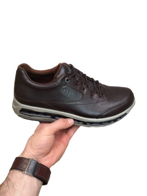 Коричневые кроссовки ECCO