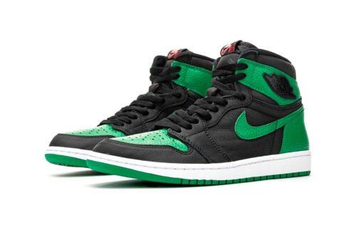 Зеленые женские кроссовки