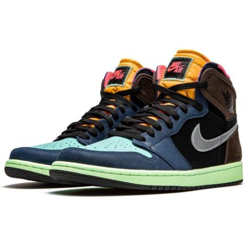 Синие кроссовки Nike